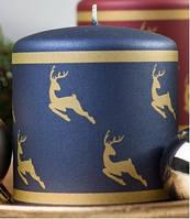 Свеча цилиндр золотые олени 80х90мм. 1шт. Цвет синий