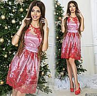 Нарядное лиловое  платье с красным  гипюром на сетке, пояс со стразами. Арт-9326/65