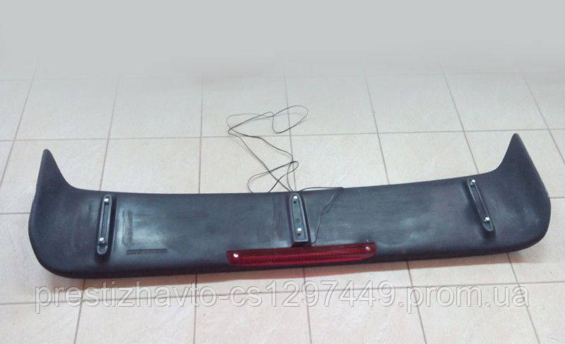 Спойлер на Mercedes G-Сlass W463 (стиль Brabus, со стопсигналом)