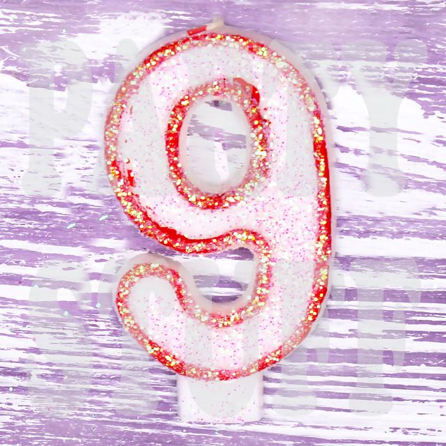 Свечи в торт цифра 9 красные