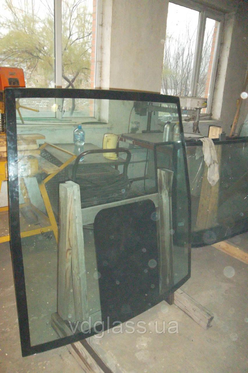 Лобовые, ветровые стекла, триплекс на трактор John Deere 8335 триплекс