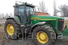 Лобовое стекло на трактор John Deere 8410, 8110,8210, 8310 триплекс
