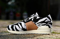 Кроссовки Adidas ZX 700 Remastered Zebra White Black