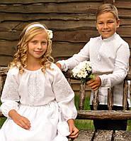 Белая вышиванка для мальчика и белое вышитое платье для девочки, фото 1