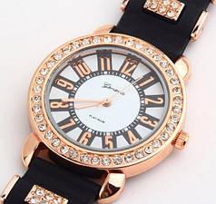 Женские кварцевые часы GENEVA Женева с силиконовым ремешком со стразами черные, часы женские дешево