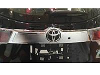Хромированная накладка на багажник (верх) Toyota Highlander 2014+