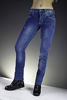 Новое поступление женских джинсов.