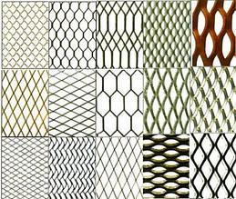 Заборы из металлической сетки-рабицы
