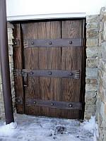 Двери с коваными накладками (ясень)