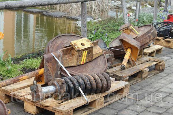 Ленивец - направляющие колесо Liebherr LR 622, 2000  г.в.