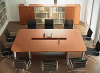 Квадратный светлый стол для переговоров Аккорд 1