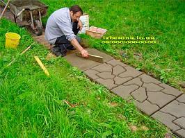 Для приготовления бетона рекомендуем использовать пропорцию цемент/песок в соотношении 1/4, тогда раствор получится достаточно крепким. Песок должен быть речным, то есть без глины.