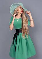 Аристократичное женское платье интересного яблучного цвета размер 46