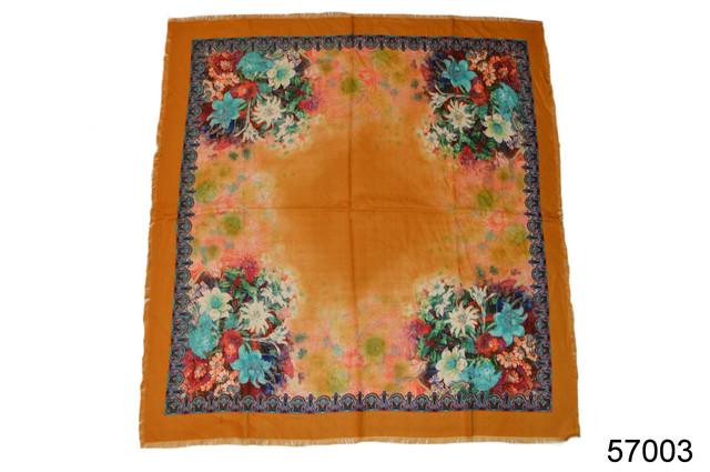 Платок шерстяной лилия янтарный 2