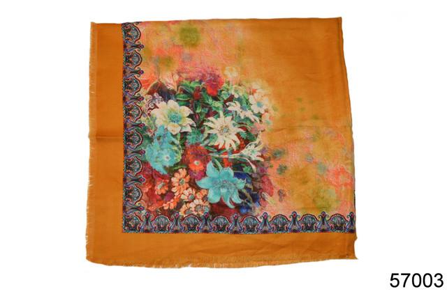 Платок шерстяной лилия янтарный 3