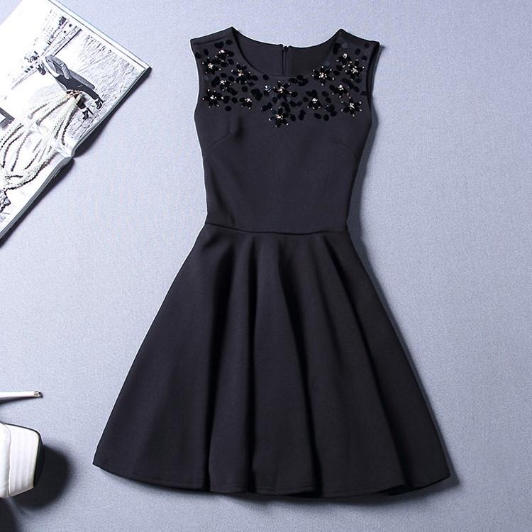 Платье женское с пайетками на груди черное