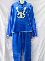 Женская пижама из вельсофта с воротником-стойкой и зайчиком на груди