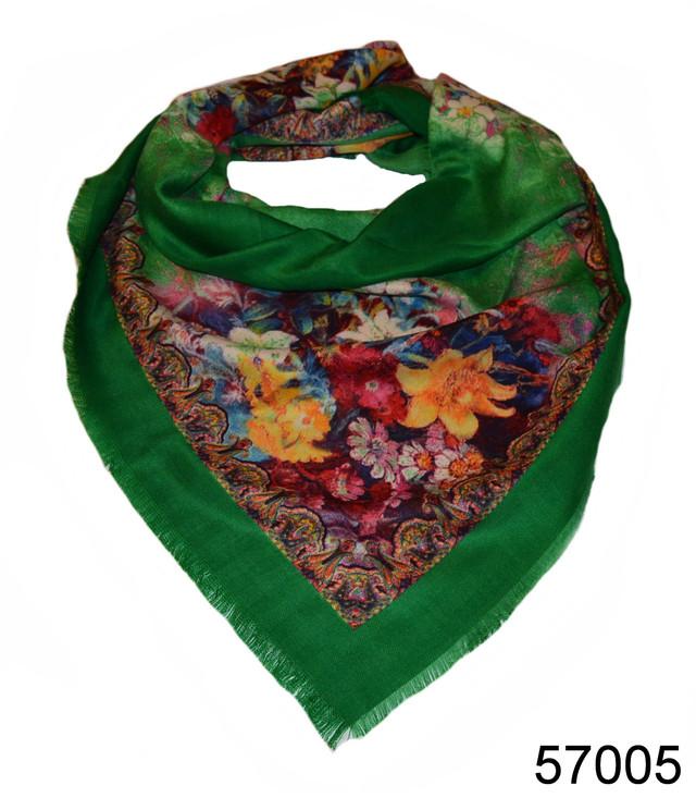 Платок шерстяной лилия зеленый 1