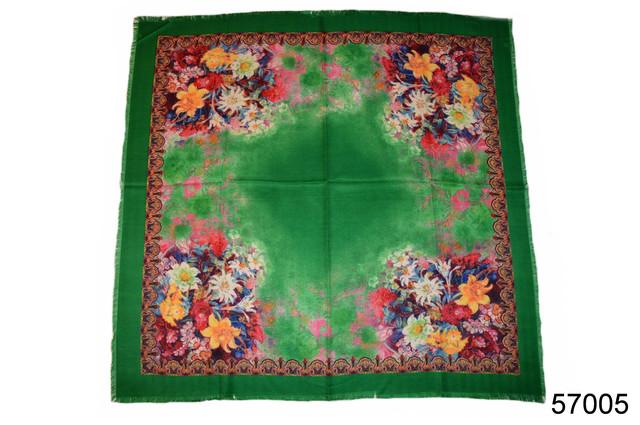 Платок шерстяной лилия зеленый 2
