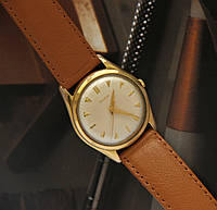 DOXA  Швейцарские винтажные часы. Оригинал