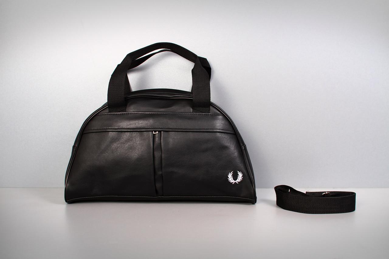 4ab0209f5b55 Спортивная сумка Fred Perry ( белый логотип )-реплика - интернет-магазин  Just-