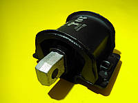 Подушка коробки передач задняя (опора) Mercedes w202/w210 1993 - 2002 10126 Febi