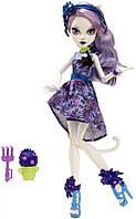 Кукла Monster High Кэтрин Де Мяу (Catrine DeMew) из серии Gloom and Bloom Монстр Хай