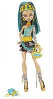 Кукла Monster High Нефера де Нил (Nefera de Nile) с жуком скарабеем базовая Монстр Хай