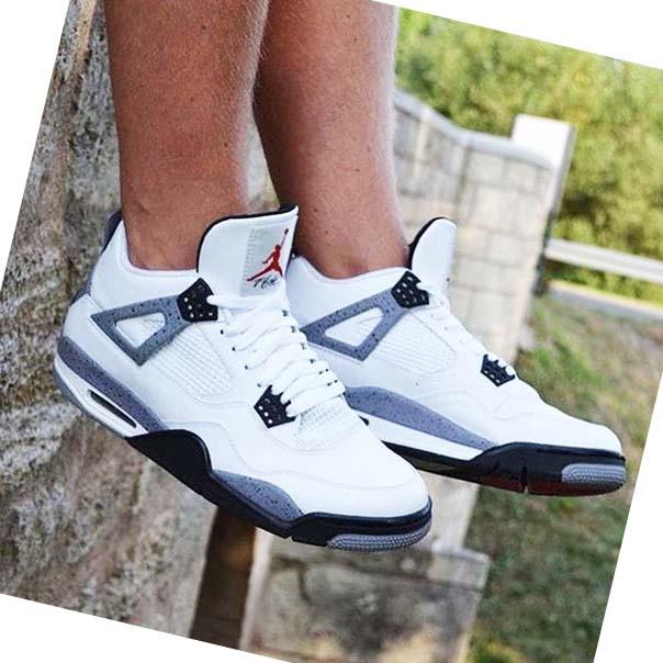 Мужские кроссовки аир джордан 4 белые на ноге