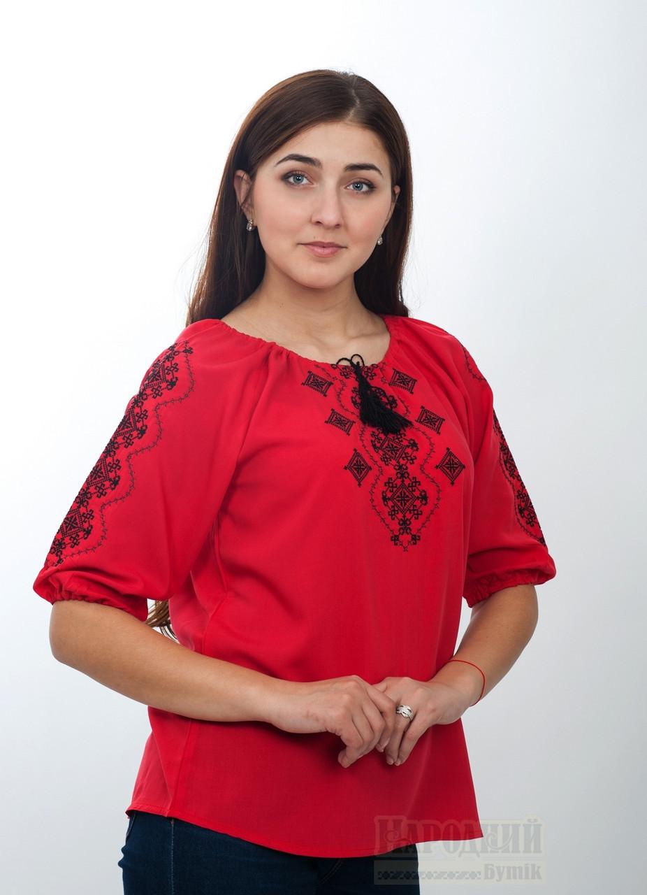Красная блуза с вышивкой в этно - стиле