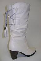 Белые сапоги на устойчивом каблуке из натуральной кожи., фото 1