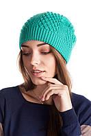 Зимняя женская шапочка