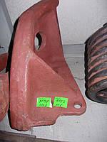 Упор задней навески (левый) К-700, К-700А, К-701, каталожный № 700А.46.28.253-1