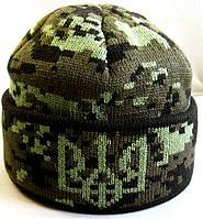 №7 -  Вязаная шапка пиксель с под воротом и гербом Украины флисом на всю голову