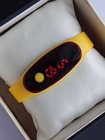 Спортивные наручные led часы в виде браслета желтого цвета, фото 1