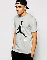 Серая спортивная футболка AIR