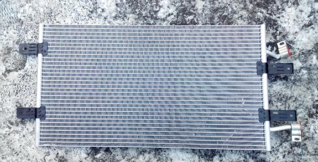 Радиатор кондиционера Рено Трафик 2.5 Dci
