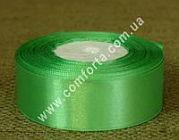 33713603 Лента атласная светло-зеленая в рулоне, ширина ~ 2,5 см, длина ~ 23 м