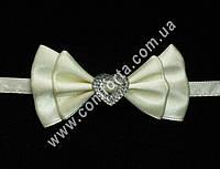 33561-01 Сердечко, бантики с завязкой  кремовые  (20 шт), декор свадебный