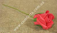 32385-11 Роза красная из латекса, размеры головки ~ 5,5 см (диаметр) х 5,5 см (высота)