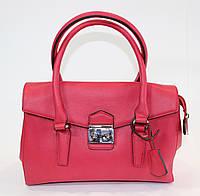 Элегантная красная сумка David Jones