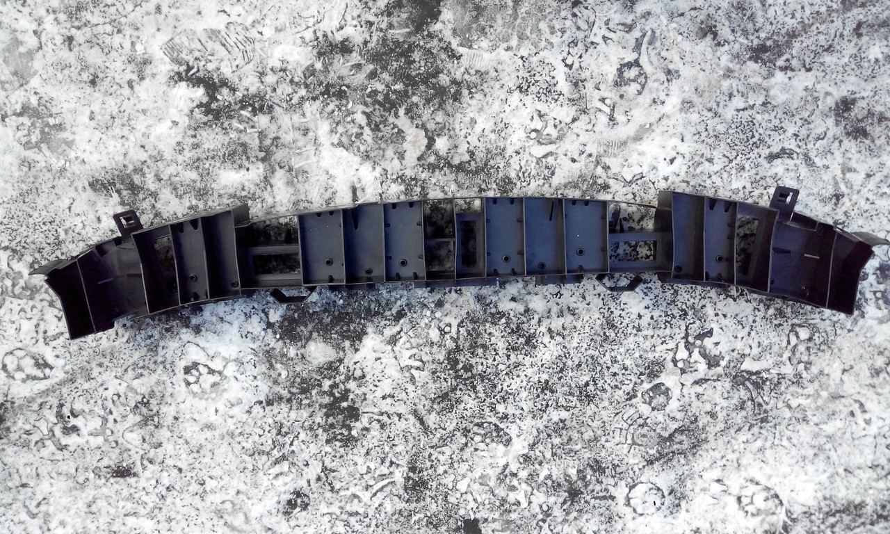 Усилитель переднего бампера Рено Клио 3