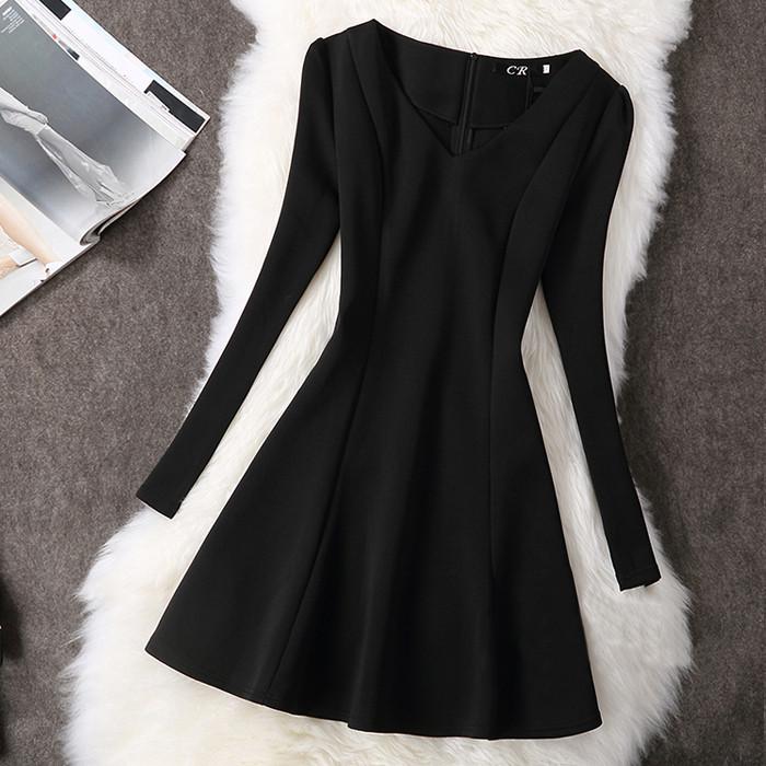 Платье женское с рукавами Фонариками черное