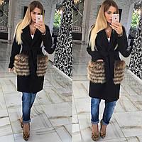 Женское пальто, мех на карманах
