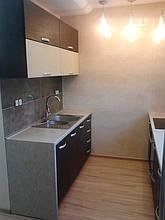 Кухня прямая, два гарнитура