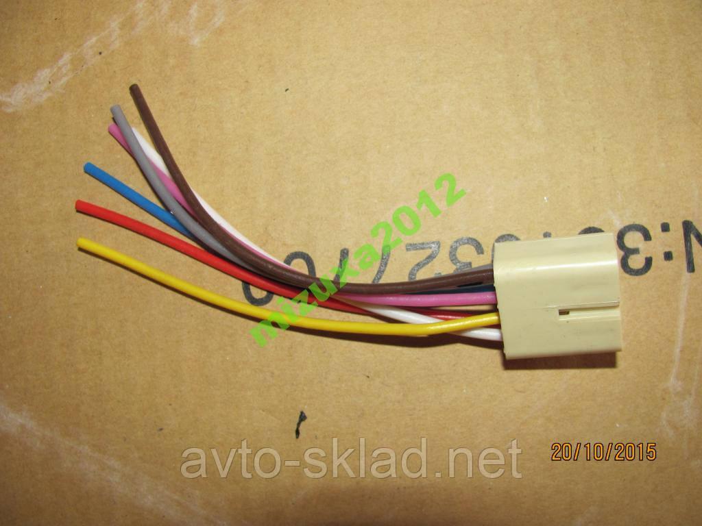 Разъем кнопки управления стеклоподъемника ВАЗ-2110