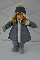 Девочка в зимней куртке 37 см