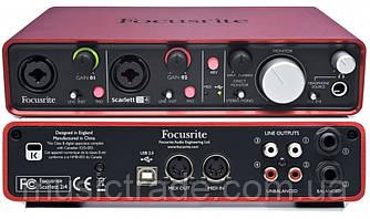Аудиоинтерфейс Focusrite Scarlett 2i4