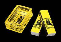 """Пепельница настольная стеклянная со спичками 9х6х3 см. """"Геймеру"""" желтая"""