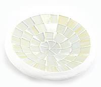 Блюдо декоративное с мозаикой белое